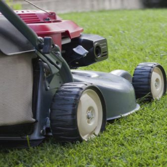 cropped-mower.jpg